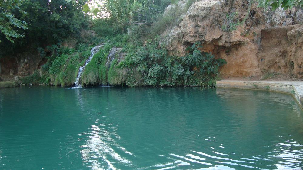 Una piscina imponente en el turismo en anna