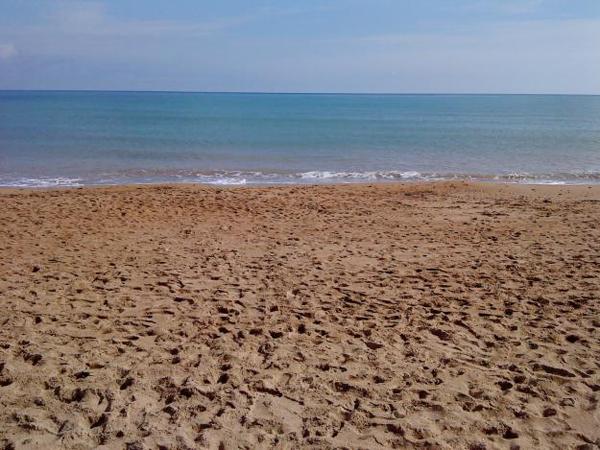 Arena y mar - Playas de Denia